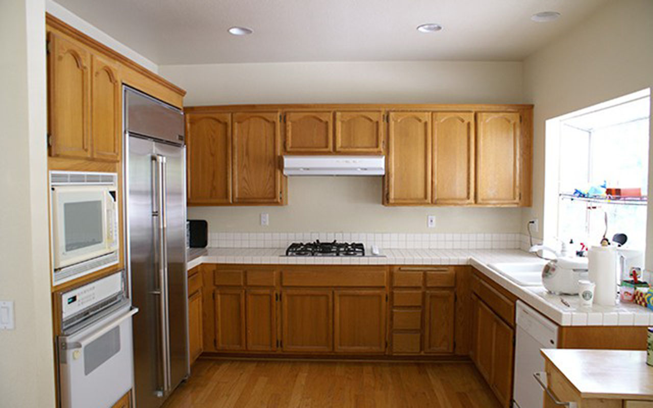 cabinets.before.zero_voc.stain