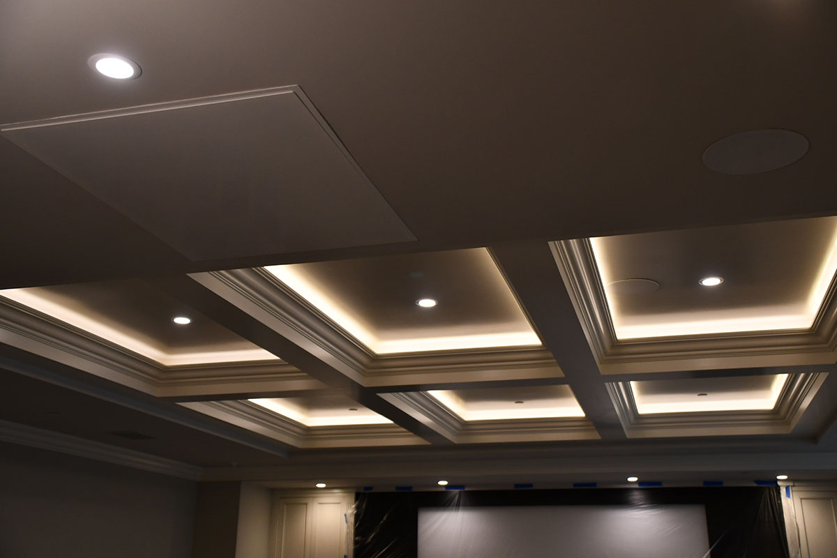 ceiling with recessed lights