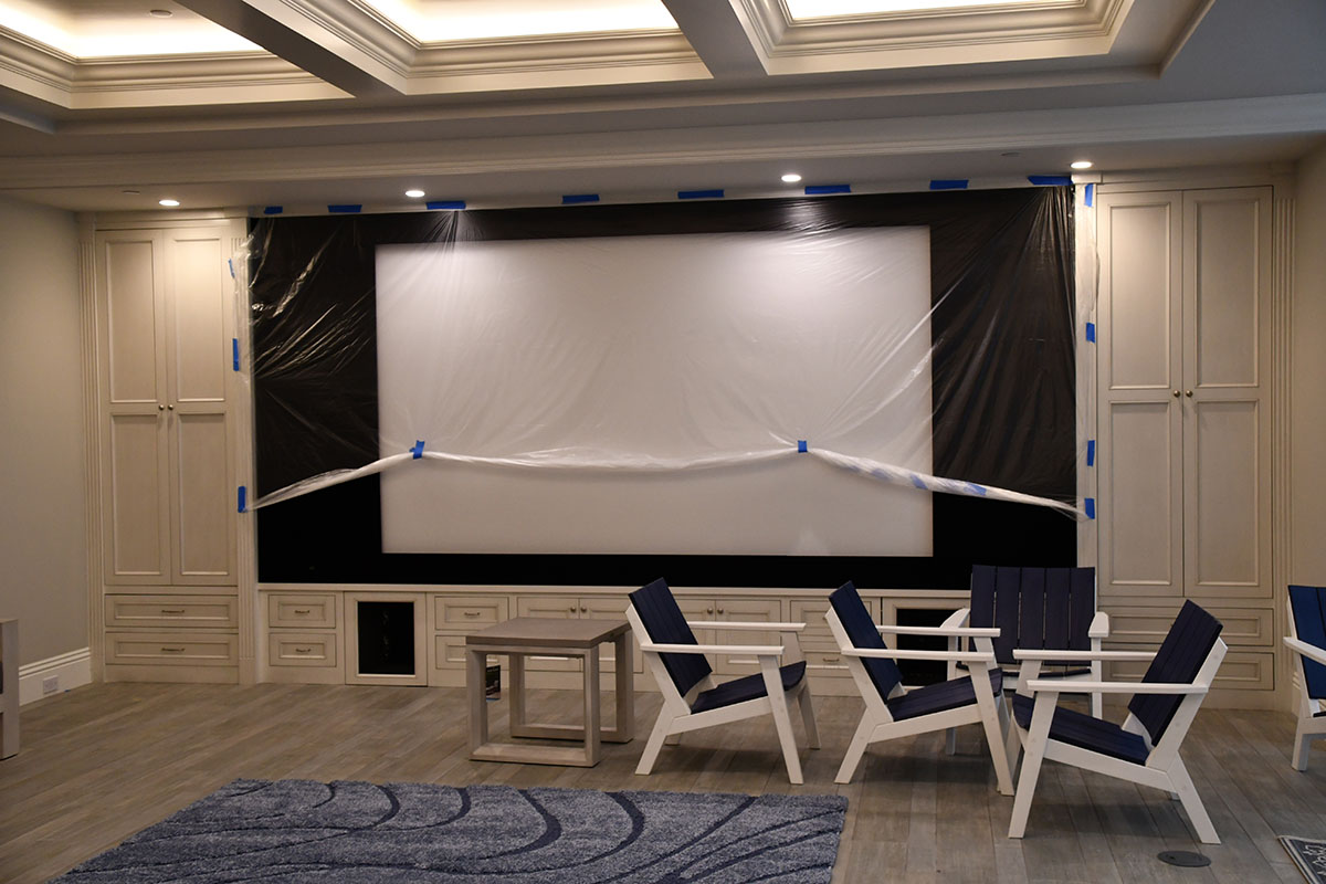 movie room with theatre screen